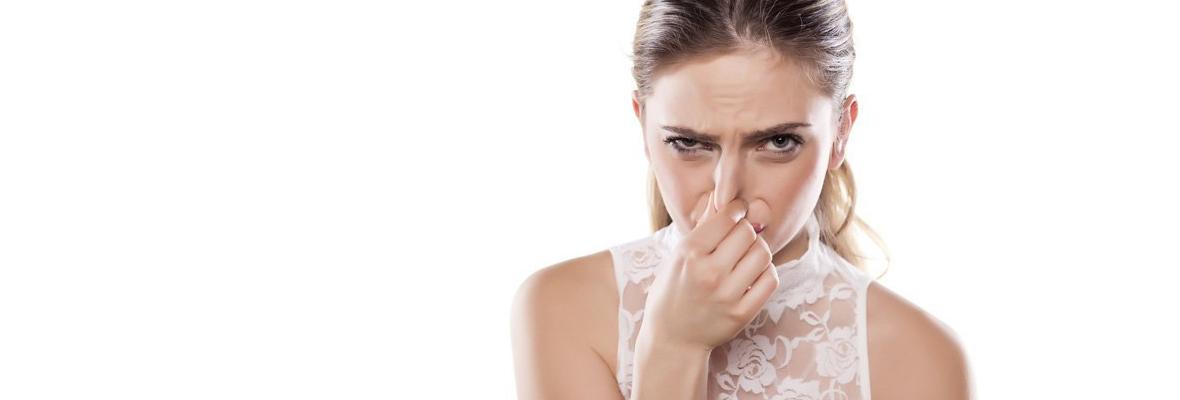 「日本人の口臭はキツイ」と多くの外国人が落胆